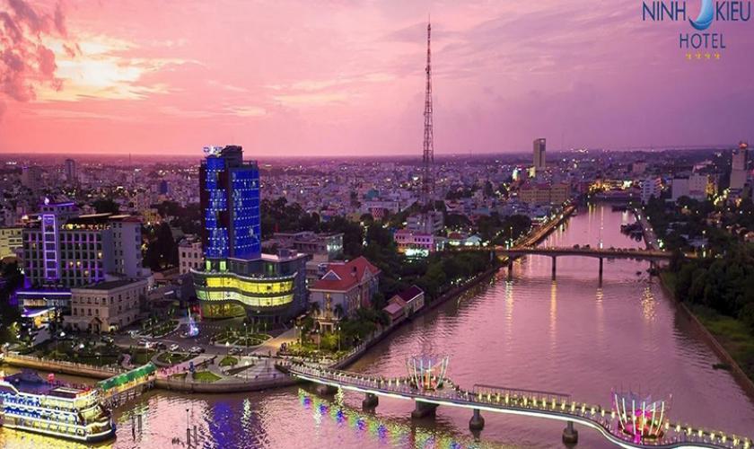 Khách Sạn Ninh Kiều Riverside Cần Thơ